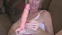 Kinky Fitness MILF Masturbates to Pulsating Orgasm Thumb