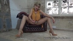 Jerk off instructions from hot Lady Sonia Thumb