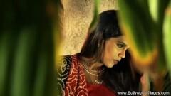 Sweet Babe From Exoitc Bollywood India Thumb