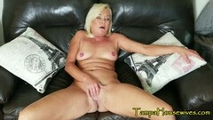 Kinky Housewife Wants to be USED Thumb