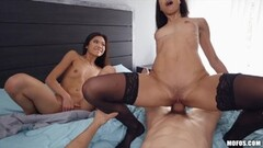 Huge fit Amber rides the Sybian in a bikini Thumb