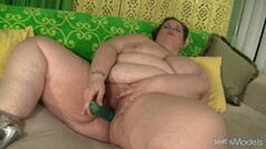 Fat Hottie Kitty Nation Stimulates Her Pussy Thumb