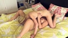 Hot Chicks Lick Clit Thumb