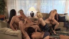 Underwater fittie gymnastics by Micha Gantelkina Thumb