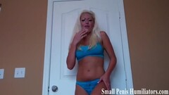 Sexy Vanessa Cage Decides To Go All Out And Takes On The Sybian With Her Tight Wet Pussy Thumb
