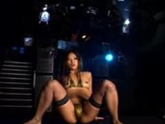 Micro Bikini Oily Dance 3 - 02 Mayuka Kotono Thumb