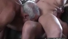 Cuckold trio in action Thumb