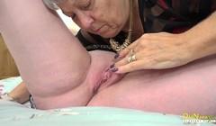 OldNannY Two Mature Babes Lesbian Licking Fun Thumb