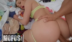 MOFOS - Lets Try Anal - Daisy Stone Anthony Gaultier - The Bi Thumb