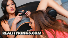 Reality Kings - Nerdy teen Gia Derza gets her pussy licked by lesbian roomate Kendra Spade Thumb