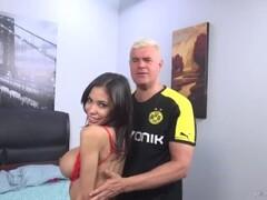Busty Shay Evans fucks a huge cock Thumb
