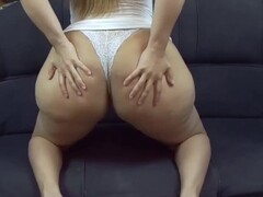 Perfect Ass Curvy Latina Fucking On The Couch Ending With Creampie Thumb